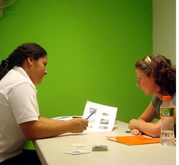 Viele spanischen Studenten kombinieren Gruppenunterricht in private Monopole